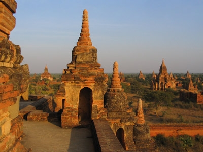 BURMA (Myanmar)  Ceramic Tour with Denys James